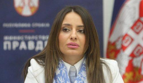 Ministarka Kuburović sa Alumni klubom Pravosudne akademije 9