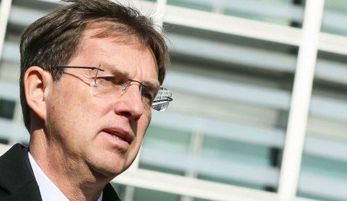 Premijer Slovenije podneo ostavku 15