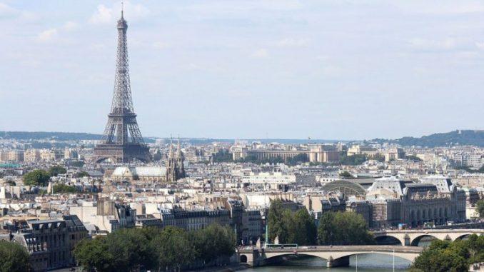 Nekoliko hiljada ljudi na skupu o klimi u Parizu 1