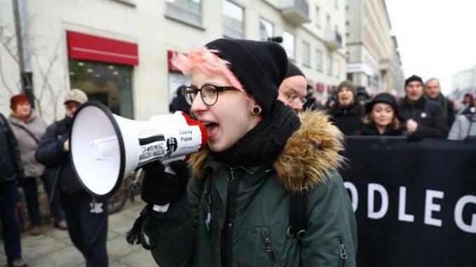 Protesti protiv potpune zabrane pobačaja u Poljskoj 1