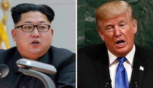 Pjongjang ćuti o sastanku Kim - Tramp 10