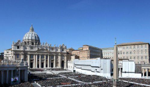 Vatikan pozvao iračkog predsednika da garantuje bezbednost hrišćana u Iraku 7