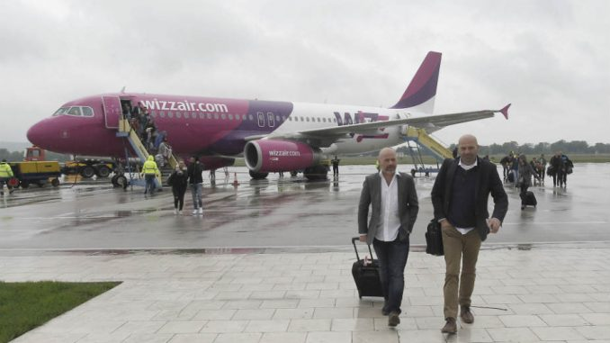 Vlada pomaže stranom aerodromu, a svom ne da novac 1