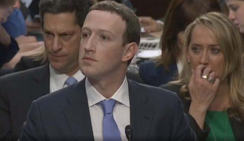 "Zakerberg: Fejsbuk u ""trci naoružanja"" sa Rusijom 10"