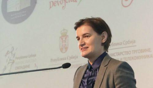 Brnabić: Upisivanje više devojčica u IT sektor 7