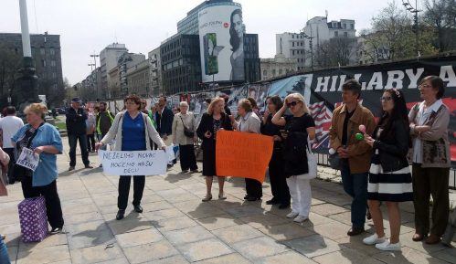 "Protest roditelja protiv usvajanja zakona o ""nestalim bebama"" 10"