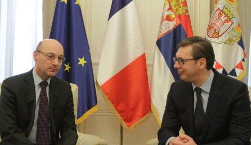 Vučić: Konstantan napredak odnosa sa Francuskom 10