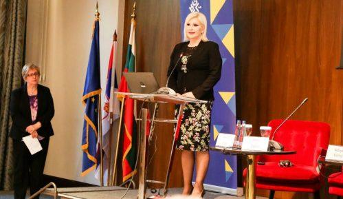 Mihajlović: U niški okrug ipak uloženo 2,7 milijardi evra 11