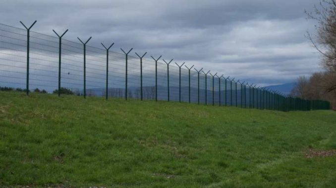 Vučić naložio zatvaranje granice sa Severnom Makedonijom ukoliko dođe do najezde migranata 1