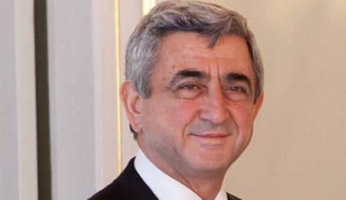 Ostavka premijera Jermenije 14