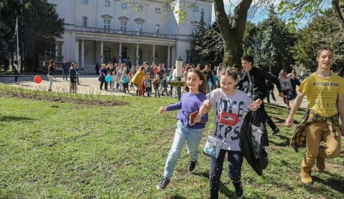 Više od 1000 mališana gosti Belog Dvora 13