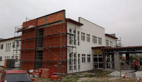 Vesić: Novo vanbolničko porodilište u Lazarevcu biće završeno krajem avgusta 10