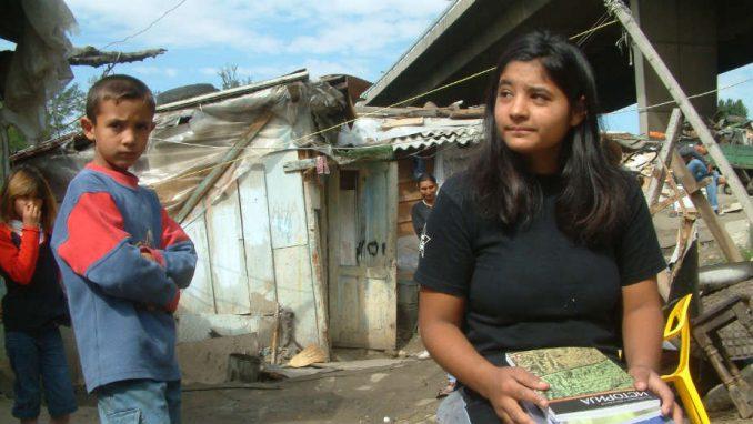 Potpisani ugovori za uređenje romskih naselja u 11 gradova 1