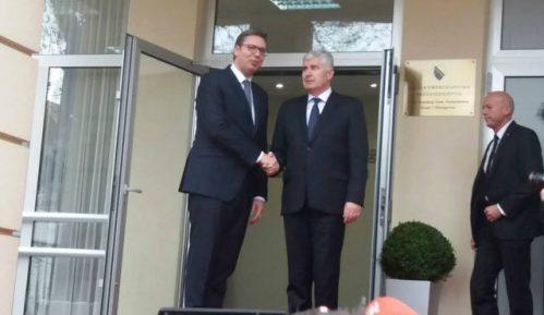 Vučić sa Čovićem: Gradićemo bolje odnose 1