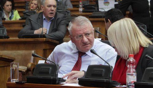 Šešelj: Zaoštriti odnose sa Crnom Gorom i preduzeti kontra mere 10