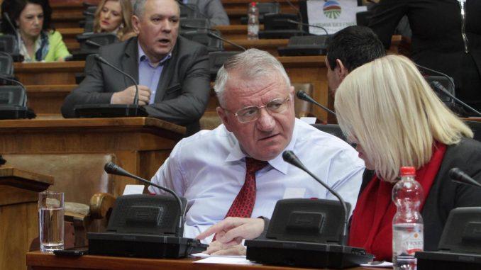 Šešelj: Jorgovanka Tabaković nije nestručna samo je pokvarena 1