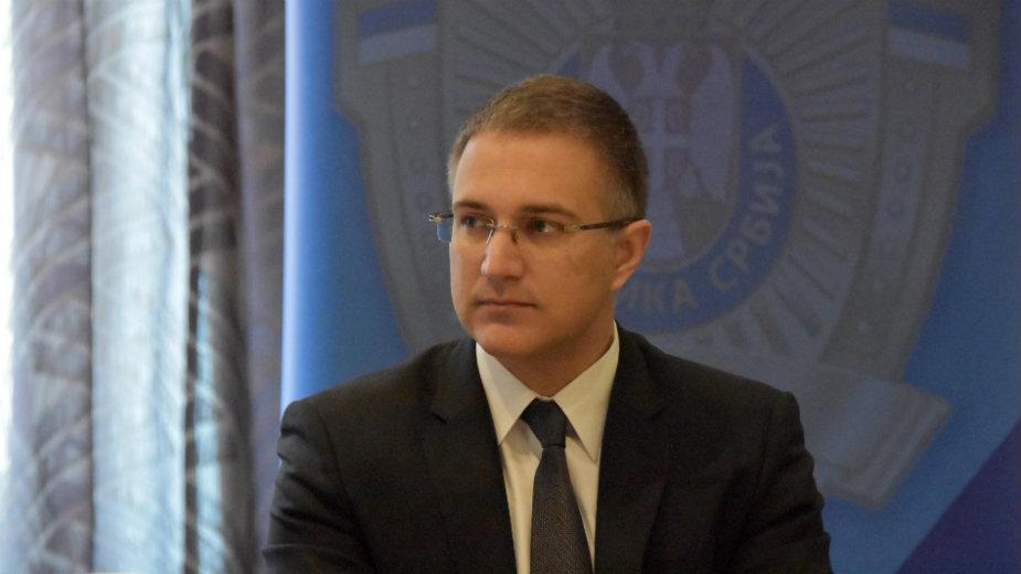 Stefanović: Predsednik može da abolira izmanipulisane, deca su zloupotrebljena 1