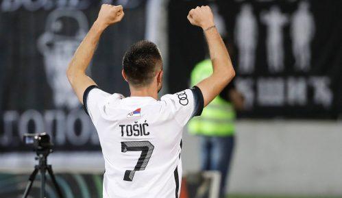 Partizan uz mnogo muka pobedio Čukarički 10