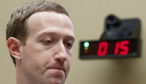 Zakerberg priznao propuste Fejsbuka 2016. tokom predsedničkih izbora u SAD 1
