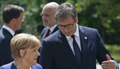 Vučić obećao nastavak reformi 2