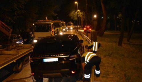 Policija sprovela akciju, odneto 100 nepropisno parkiranih kola 12