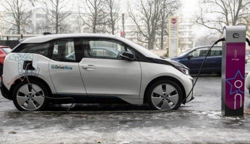 Električni automobili Srbiji donose više od 1.000 radnih mesta 12