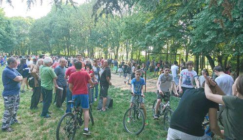 Na Petlovom brdu nastavljaju se protesti protiv seče drveća 13