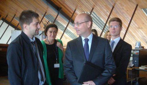 Ambasador Francuske posetio Danas 9