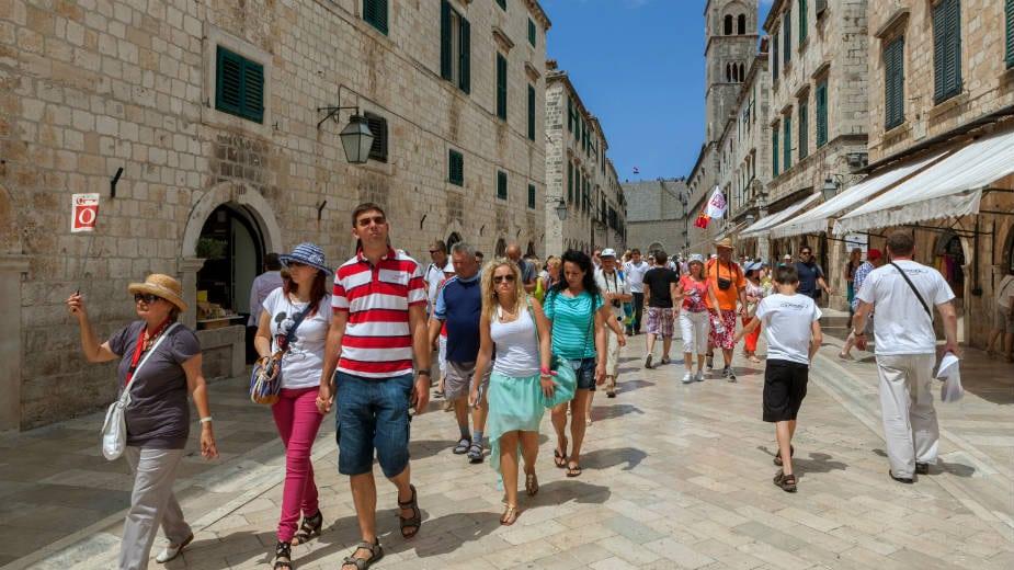 Dubrovnik: Govorim im kruh, oni meni - hleb 1