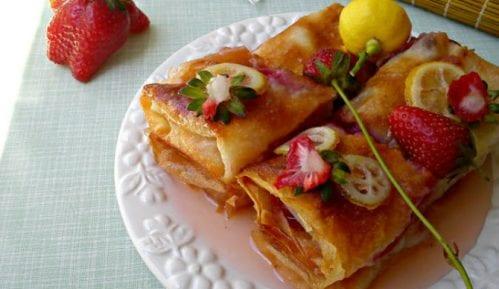 Recept nedelje: Baklava sa jagodama 13