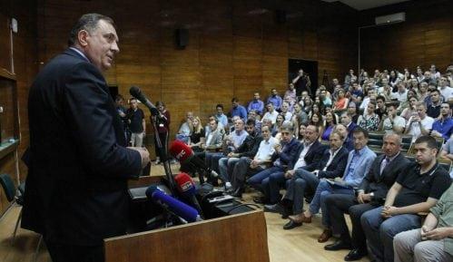 Dodik: RS i Srbija da se ujedine 12