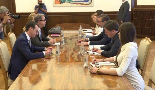 Vučić i Bramerc: Ubrzati aktivnosti za privođenje osumnjičenih za ratne zločine 3