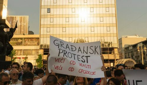 "Inicijativa ""Ne damo niški aerodrom"" se ogradila od protesta opozicije 10"