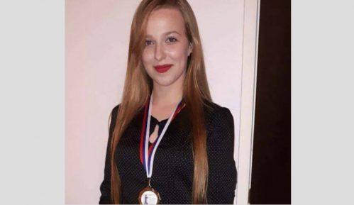 Marija Pinjić osvoji zlato na takmičenju mladih naučnika 11