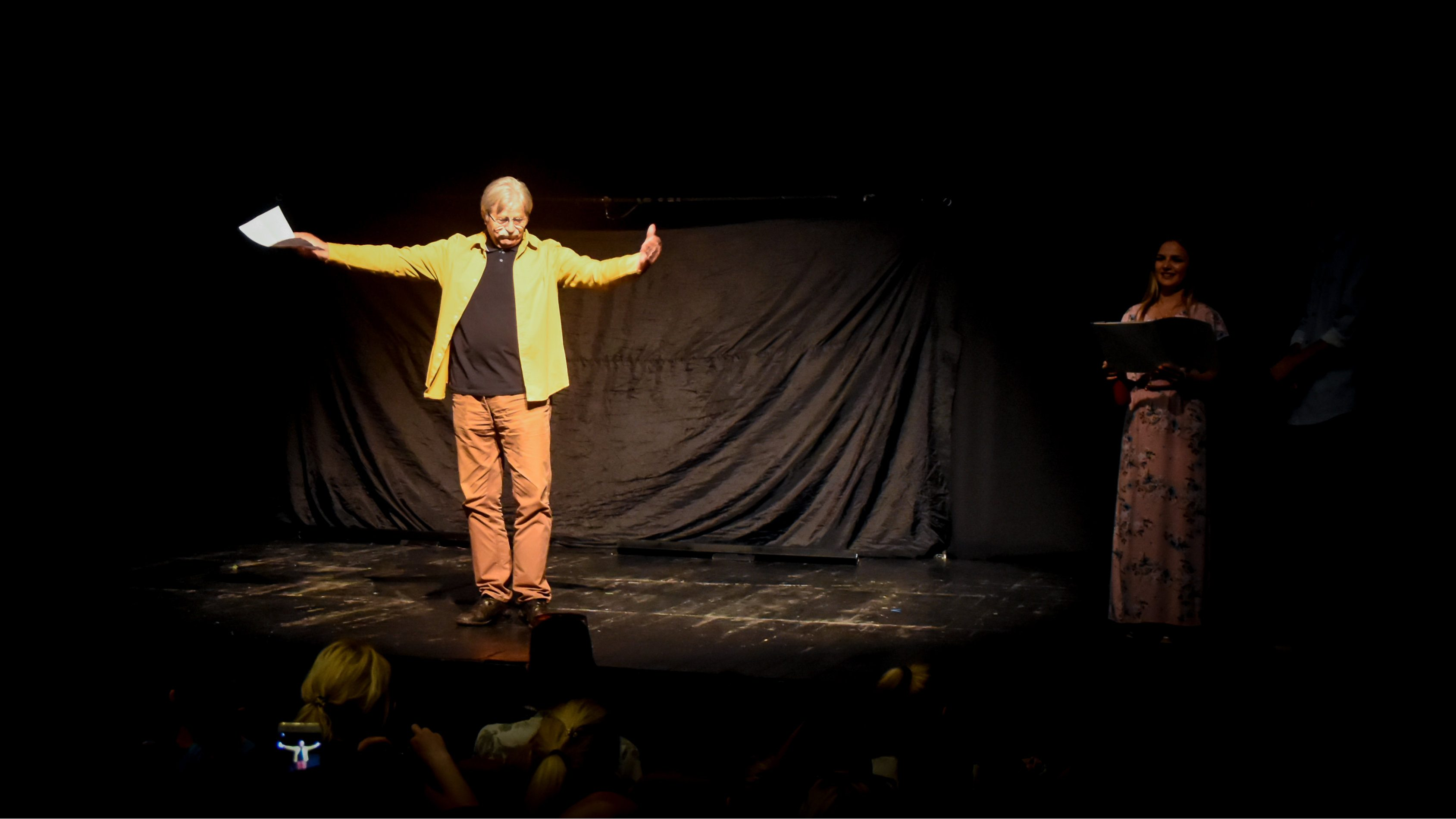 Ljubivoje Ršumović otvorio pozorišni dečji festival (VIDEO)