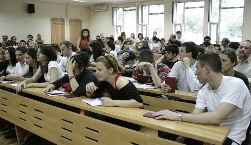 Stari studenti traže ukidanje roka za diplomu 2