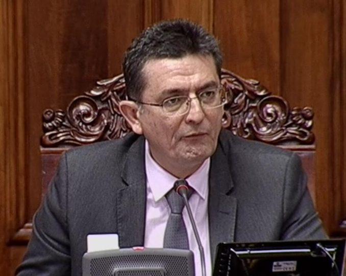 Veroljub Arsić: Petroviću, ako volite svoju državu, zašto pričate loše o njoj? 1