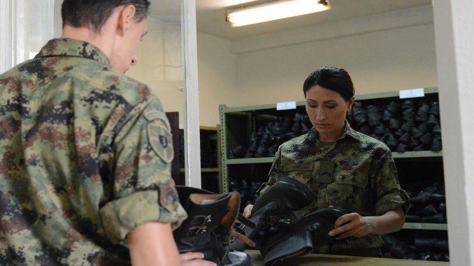 Maturanti u drugom polugodištu na vojnoj obuci 1