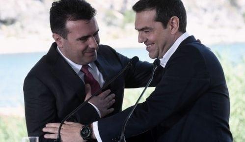 Novo ime Makedonije: Premijeri posmatraju dok ministri potpisuju istorijski dogovor 3