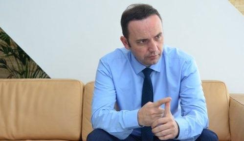 """Makedonski vicepremijer: """"Ime države važno i Albancima i Makedoncima"""" 7"""