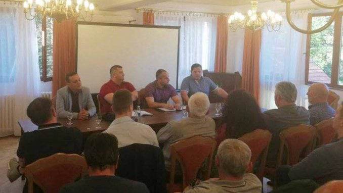 Vučić imenovao povereništvo čajetinskih naprednjaka 1