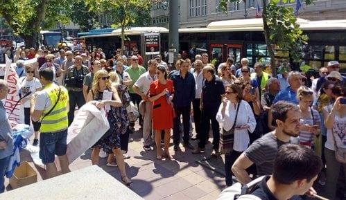 Protest građana zbog kredita u švajcarskim francima 21. marta 6