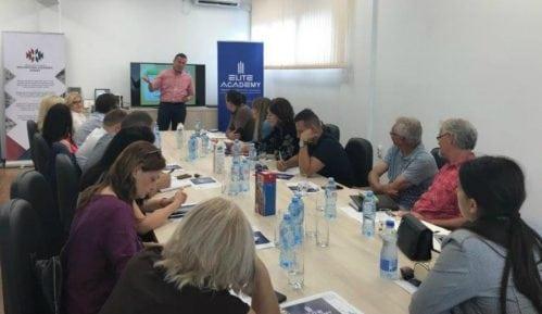 Održan seminar za menadžere u organizaciji pirotske Komore 12