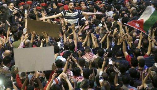 Jordanski premijer podneo ostavku nakon masovnih protesta 12