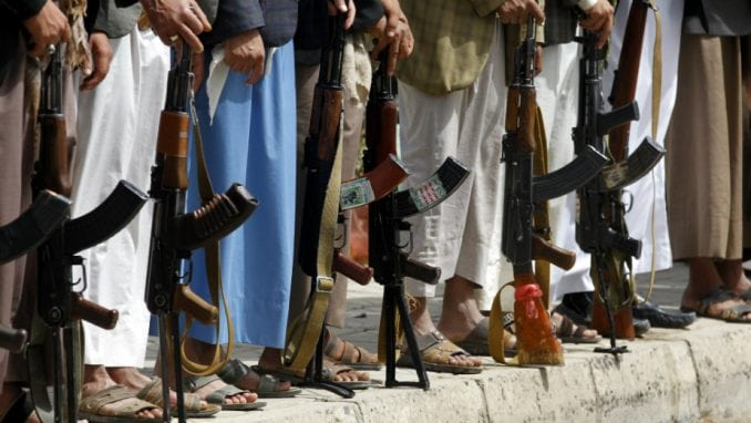 UN obnovio na godinu dana embargo na oružje Libiji 4