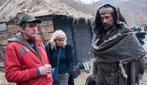 Prosečan Srbin smatra da može da režira film ili da bude selektor reprezentacije 14