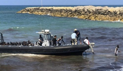 Spaseno desetine migranata u Sredozemlju 10