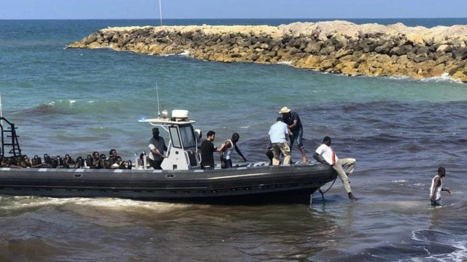 Spaseno desetine migranata u Sredozemlju 1