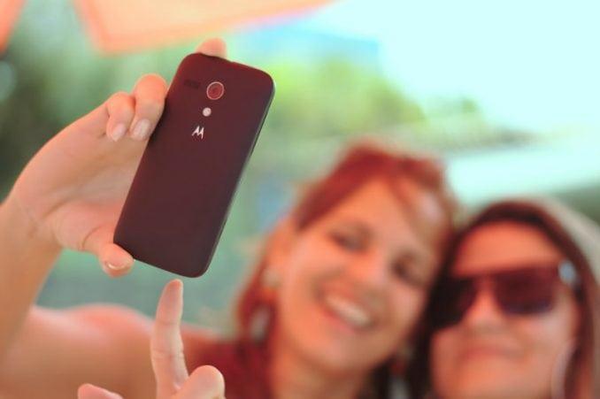 Policija fotografiše osobu i aplikacija pokaže sve podatke 3