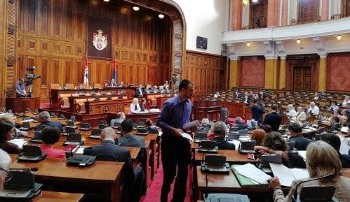 Opozicija: Sednica parlamenta farsa i predstava demokratije 5